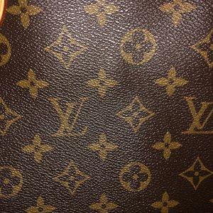 Louis Vuitton Bags - Authentic Louis Vuitton Neverfull bag